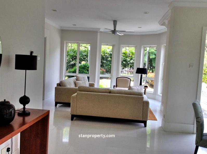 Stunning Resort Living Bungalow