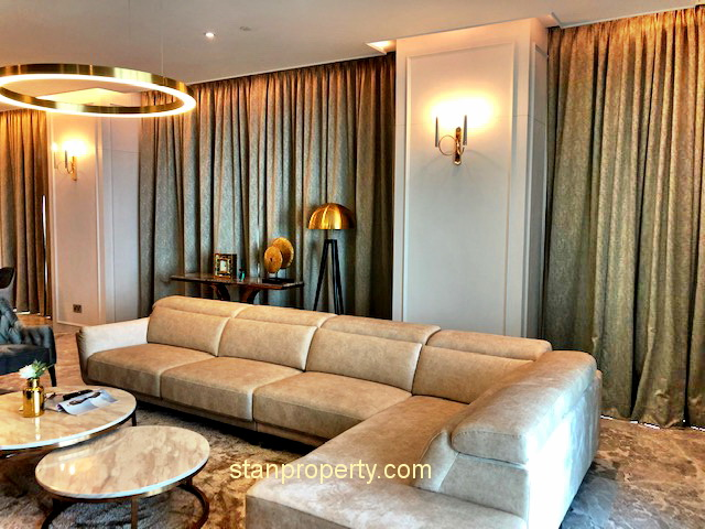 Four Seasons Luxurious Furnished Condo