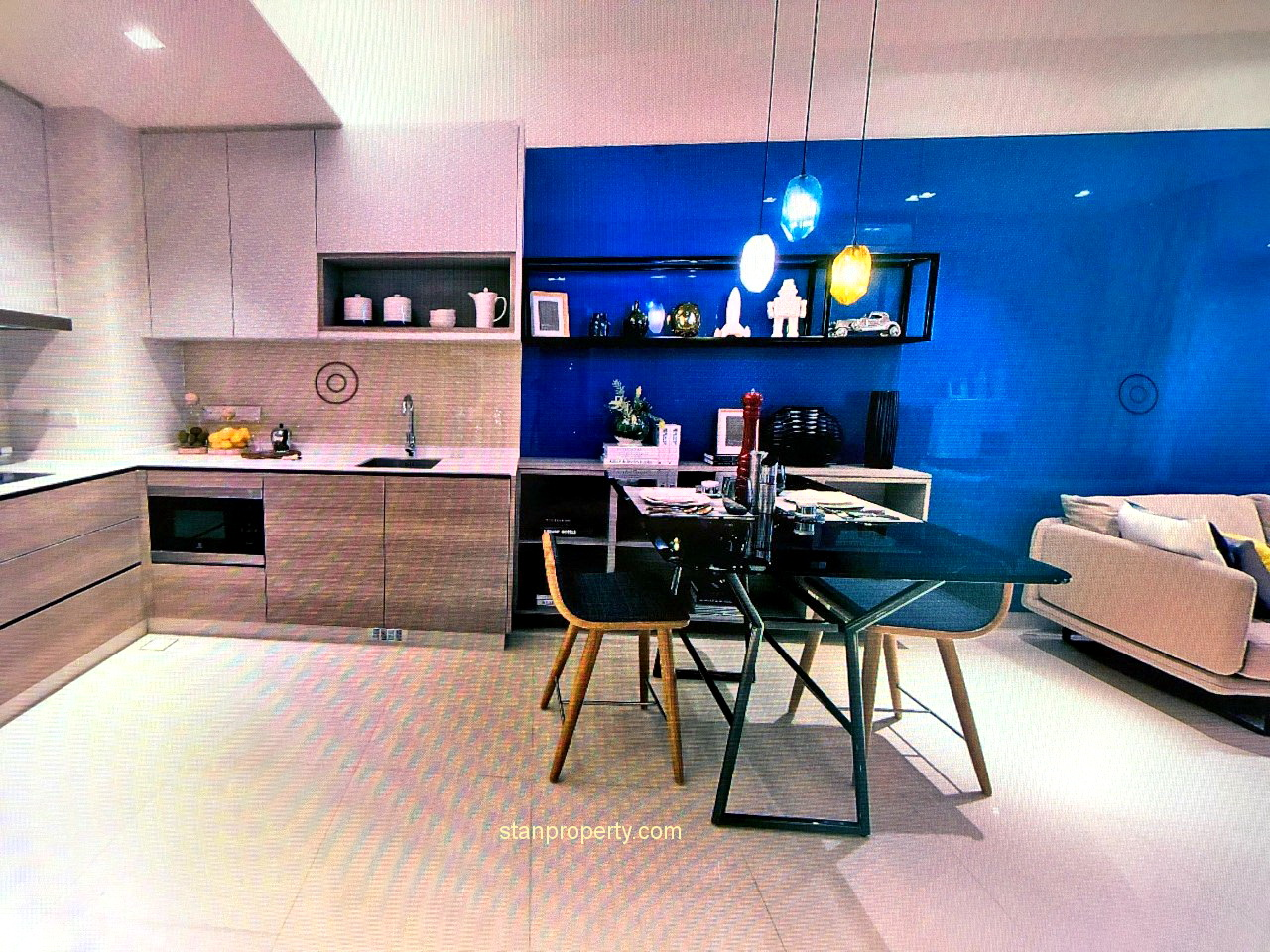 ViiA Mid Valley Service Residence